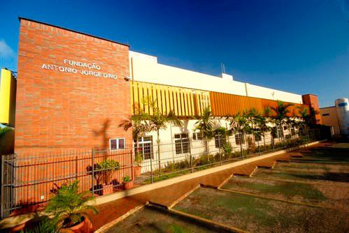 Fundação antonio dino, a fachada